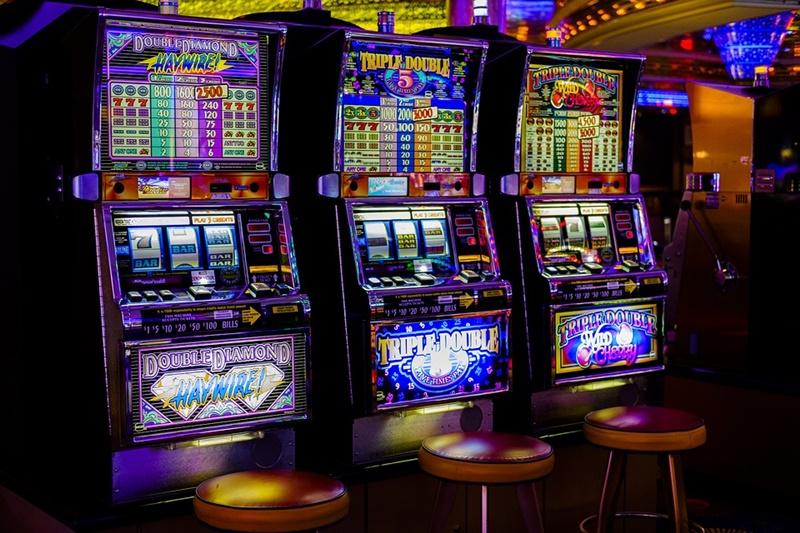 Keuntungan bermain slot uang asli